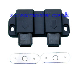 double-magnetic-pressure-catch-for-two-cupboard-doors-64-p.jpg